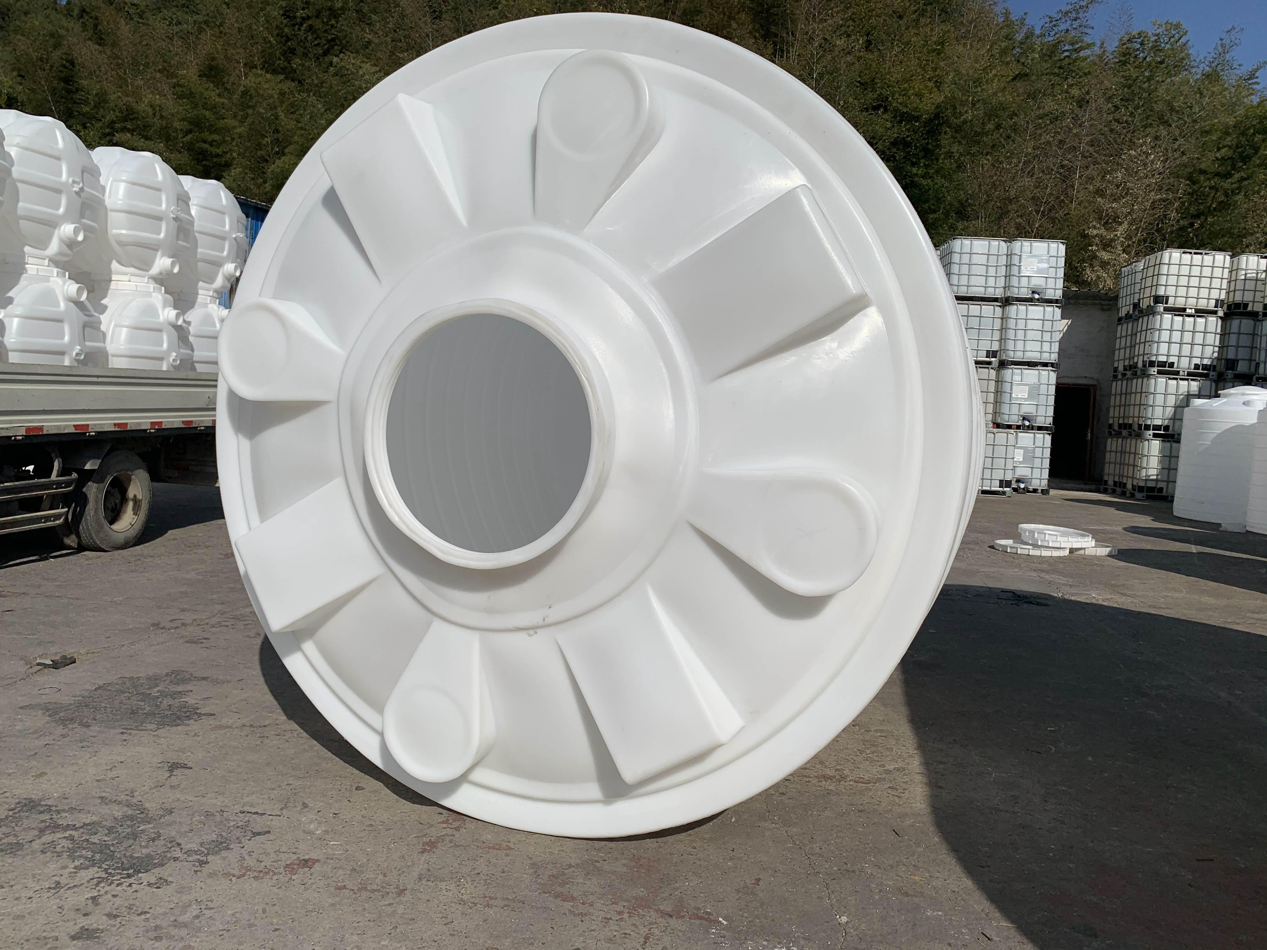 <b>20吨塑料水箱_塑料水塔_化工储罐</b>