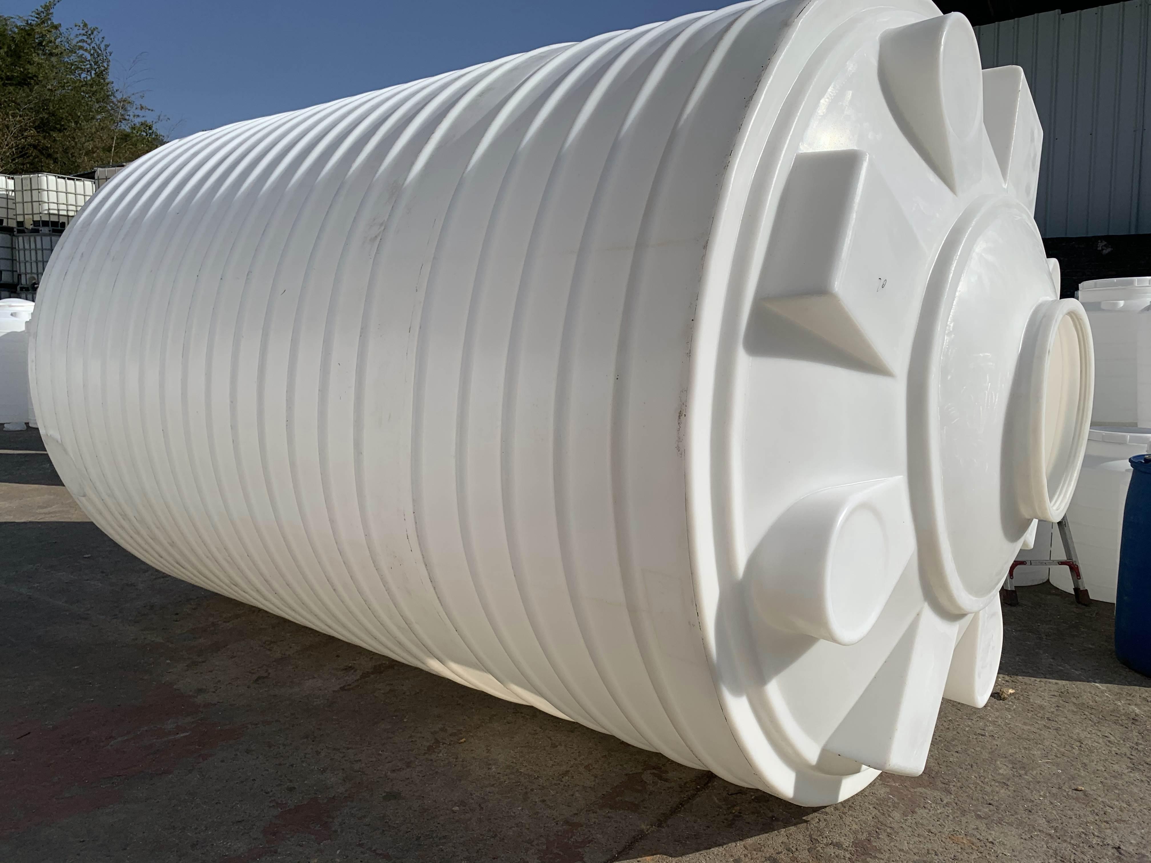 30吨塑料水箱_塑料水塔_化工储罐