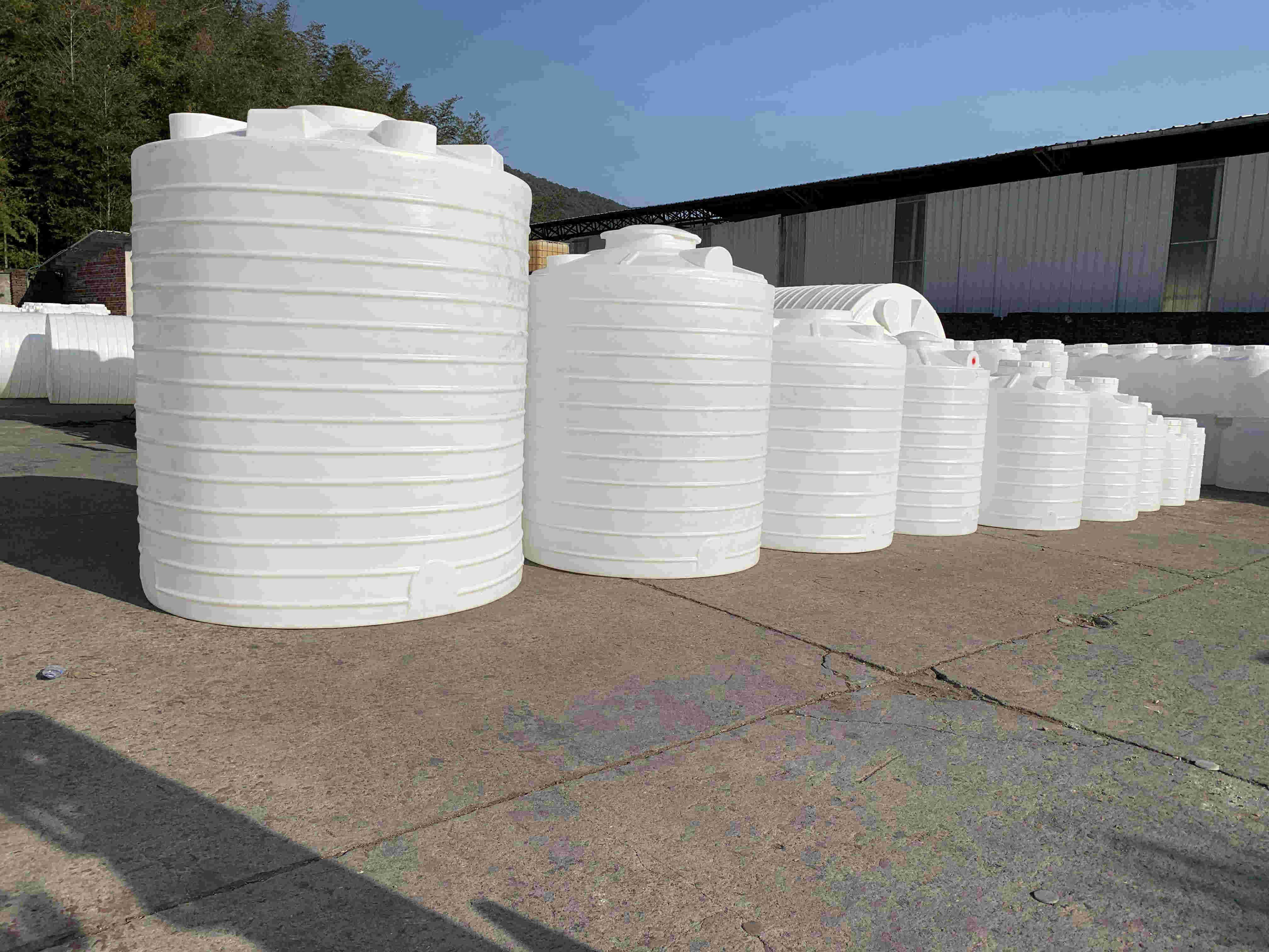4000L防紫外线储存饮用水塑料水箱