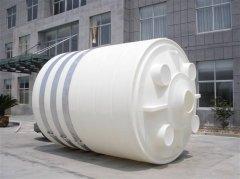 3吨PE塑料水箱顺利运抵漳州南靖污水处理