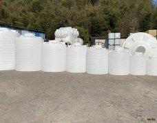 沙县蓄水10吨塑料桶价格,塑料水塔储水罐生产厂家